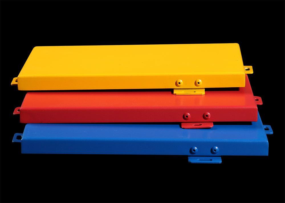 彩色铝单板