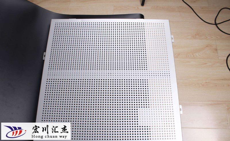 厂家告诉你使用铝单板幕墙的重要注意事项